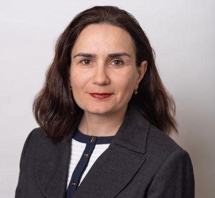 Inesa Yali